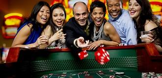 Dự kiến thí điểm cho người Việt vào 2 casino ở Vân Đồn và Phú Quốc
