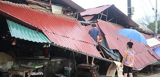 [Video] Giông lốc giật tốc mái 742 nhà dân ở Lào Cai