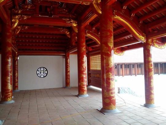Một góc Đại thành môn, ngăn giữa khu vực hồ Thiên Quang và sân hành lễ, rất giống với Văn Miếu- Quốc Tử Giám