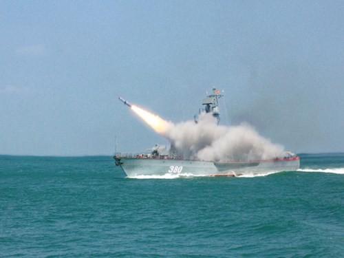 Bàn giao cặp tàu tên lửa mới cho Quân chủng Hải quân - ảnh 2