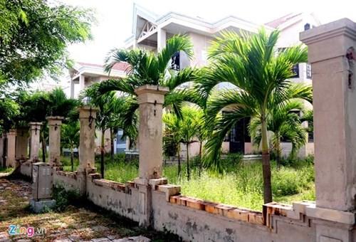 Biệt thự trăm tỷ giữa Đà Nẵng thành khu 'nhà ma' - ảnh 6