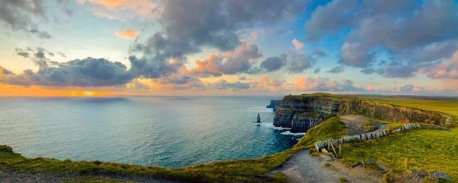 10. Ireland: Nhờ chỉ số an toàn và an ninh cao, Ireland đã tăng 2 hạng và vào top 10 quốc gia thịnh vượng nhất thế giới. Ảnh: Schadenkind.