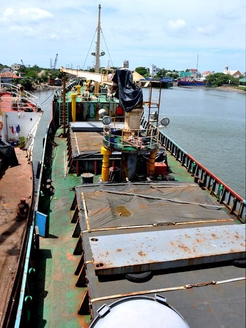 Tàu chiến Trung Quốc gia tăng vây ép tàu dân sự Việt Nam - ảnh 3