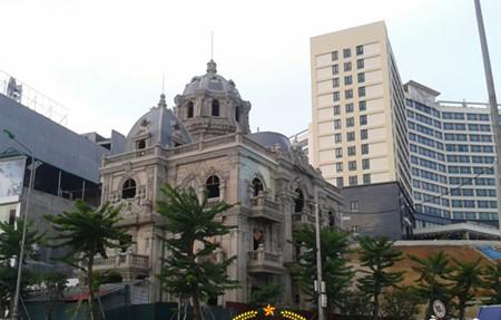 biệt thự, lâu đài, nữ đại gia, nữ doanh nhân, Phú Thọ, Lào Cai, Thái Nguyên, trăm tỷ, nhà sàn, Điện Biên, Nga phố núi, tòa nhà, biệt-thự, lâu-đài, nữ-đại-gia, nữ-doanh-nhân, Phú-Thọ, Lào-Cai, Thái-Nguyên, trăm-tỷ, nhà-sàn, Điện-Biên, Nga-phố-núi, tòa-nhà