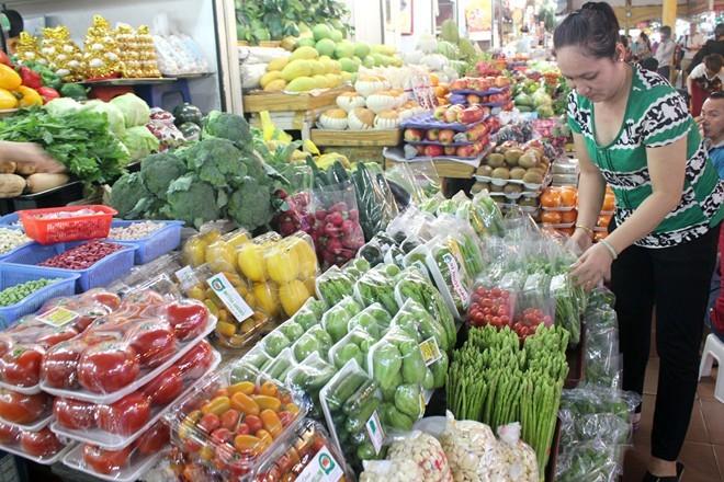 Thịt sạch ở Sài Gòn bị cạnh tranh 'bẩn'