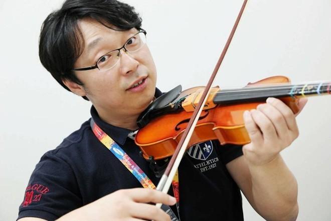 Jeon Dae Young cũng đã có công ty riêng để phát triển ứng dụng học đàn violin trên di động.