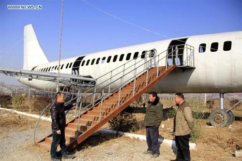 Lão nông chi nửa tỷ chế 'máy bay' Boeing 737 khổng lồ - ảnh 2