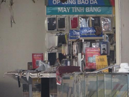 Thế Giới Di Động và những smart phone sót lại sau vụ cháy lớn ở Sài Gòn - ảnh 21
