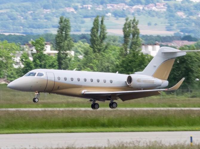 ... Gulfstream G280.