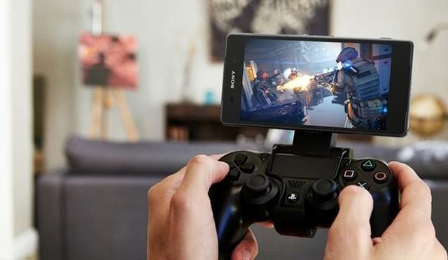 Rào cản lớn nhất ngăn cách sản phẩm của Sony đến tay người dùng là giá bán. Hàng của Sony luôn đắt hơn rất nhiều so với các đối thủ cùng phân khúc.