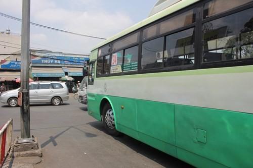 Vì sao bến xe Miền Đông ở giữa Sài Gòn 31 năm sắp dời ra quận 9? - ảnh 8