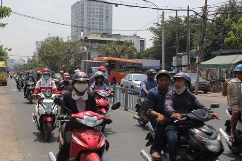 Vì sao bến xe Miền Đông ở giữa Sài Gòn 31 năm sắp dời ra quận 9? - ảnh 11