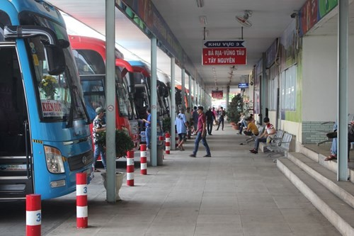 Vì sao bến xe Miền Đông ở giữa Sài Gòn 31 năm sắp dời ra quận 9? - ảnh 4