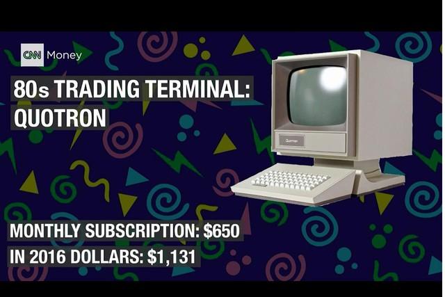 Máy tính Quotron để giao dịch. Để sử dụng, mỗi tháng, giao dịch viên phải chi 650 USD, tương đương với 1.131 USD thời điểm hiện tại