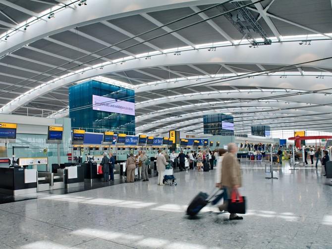 Số 6. Heathrow International Airport (LHR): 74.989.795 hành khách vào năm 2015