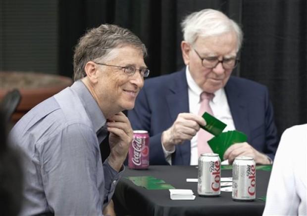 Thông minh như Bill Gates cũng không đấu lại được Warren Buffett khi chơi trò chơi ông ưa thích.