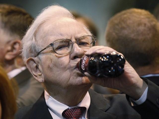 Khẩu phần ăn của Warren Buffett không hợp cho một người ở độ tuổi 85.