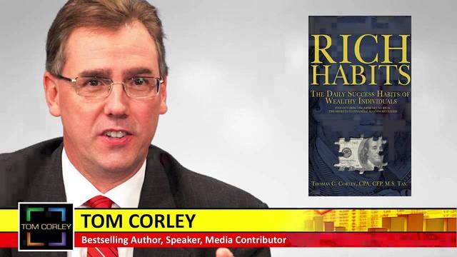 Thomas C. Corley, tác giả của nhiều cuốn sách nổi tiếng có liên quan tới người giàu.