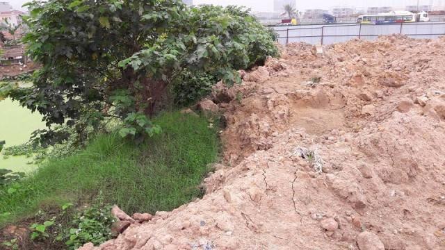 """Hà Nội: Phế liệu xây dựng đổ """"chất núi"""", đất dự án """"biến"""" thành điểm kinh doanh? - Ảnh 2"""