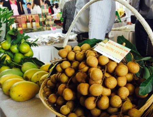 bo-truong-nong-nghiep-my-xoai-vu-sua-viet-nam-sap-duoc-nhap-vao-my