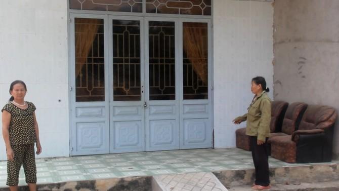Những căn nhà bỏ không vì chủ nhân bỏ lên TP HCM kiếm sống.