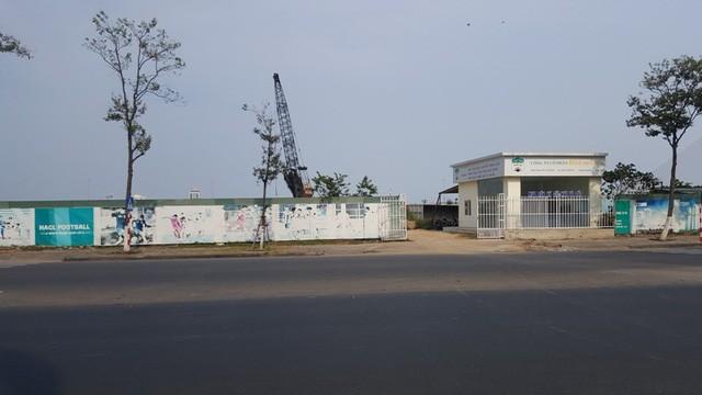 công ty CP Hoàng Anh Gia Lai đã bán lại dự án Trung tâm thương mại của mình tại Đà Nẵng cho người đồng hương Quốc Cường Gia Lai.
