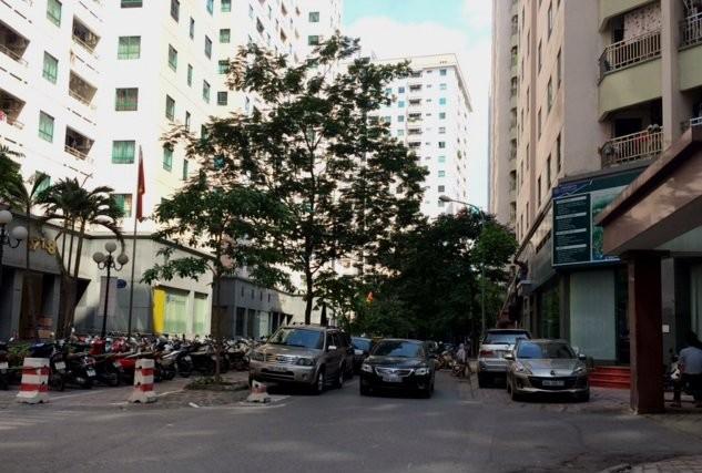 KĐT Trung Hòa – Nhân Chính từng được coi là một trong những KĐT hiện đại tại Hà Nội. Tuy nhiên sau một thời gian đi vào vận hành KĐT luôn trong tình trạng quá tải về hạ tầng.