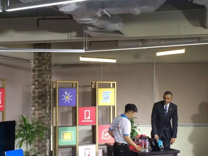 [TRỰC TIẾP] Tổng thống Obama giao lưu với doanh nhân, ông Đinh La Thăng đến dự - ảnh 3