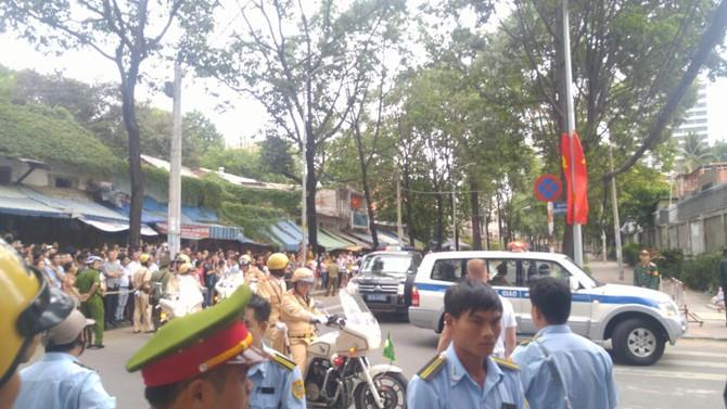 [TRỰC TIẾP] Tổng thống Obama giao lưu với doanh nhân, ông Đinh La Thăng đến dự - ảnh 11