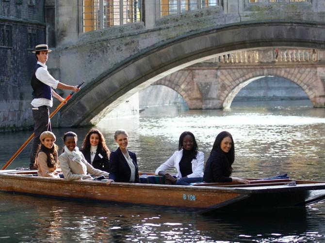 2: Đại học Cambridge - 3,9%. Đứng ở vị trí thứ hai, Cambridge là trường đại học lâu đời nhất và có uy tín nhất trong danh sách một khoản tiền của.