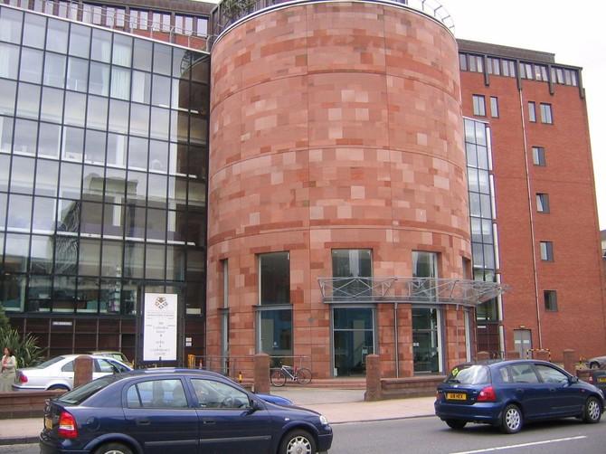 4: Đại học Strathclyde - 3,1%. Nằm ở Glasgow, Đại học Strathclyde là hơn 200 năm tuổi và đã có hơn 21.000 sinh viên.