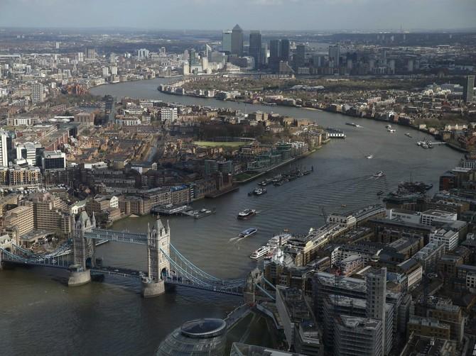 6: Đại học Luân Đôn - 2,9%. Đại học London có 18 trường cao đẳng bao gồm Đại học King và Đại học College. Đây là trường đại học lớn nhất trong danh sách với hơn 140.000 sinh viên.