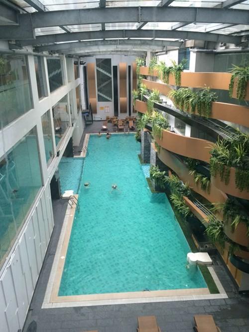Bể bơi tại chung cư Sông Hồng Park View (165 Thái Hà) được cư dân phản ánh không có trong thiết kế.