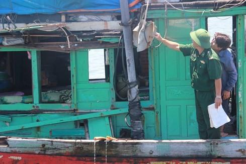 Tàu Trung Quốc tông tàu cá Quảng Ngãi ở Hoàng Sa - ảnh 2