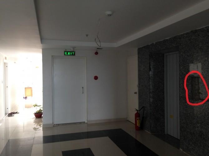 Mặc dù đã đi vào sử dụng nhiều tháng nay nhưng một số thang máy của chung cư vẫn chưa thể đi vào hoạt động.