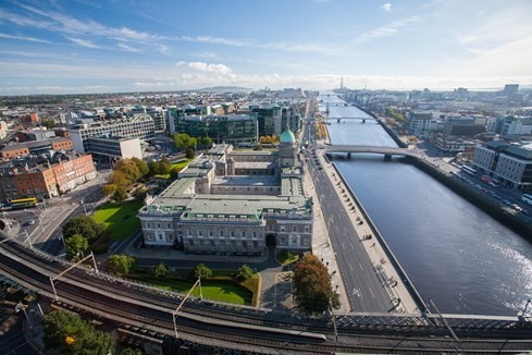 7 thành phố châu Âu có thể thay London làm thủ đô tài chính - ảnh 4