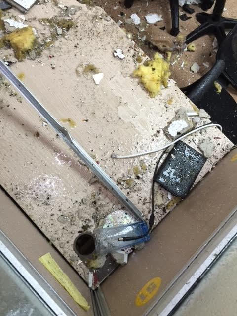cột thu phát sóng, cột thu phát sóng bị đổ