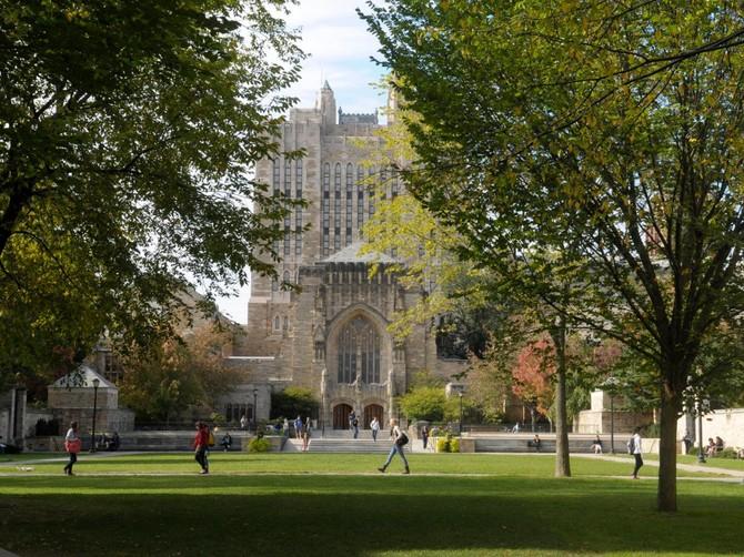 Số 10 - Đại học Yale