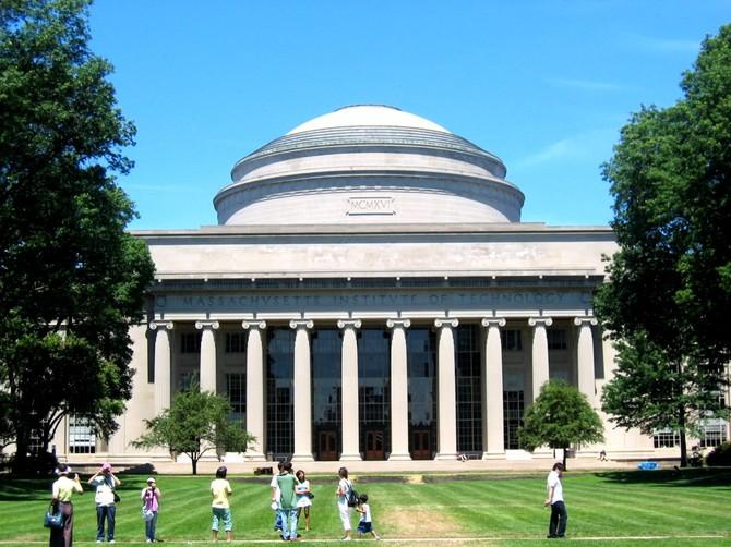 Số 3 - Viện Công nghệ Massachusetts