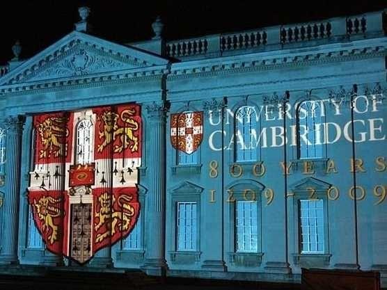 Số 4 - Đại học Cambridge (Vương quốc Anh)