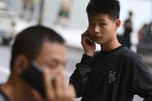 Những hiểm họa từ smartphone Trung Quốc - ảnh 1