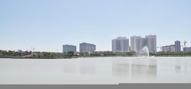 Khu căn hộ Green Stars được thiết kế 7 tòa 27 tầng và 4 tòa 21 tầng đến nay đã hoàn thiện và đón 2000 cư dân về ở.