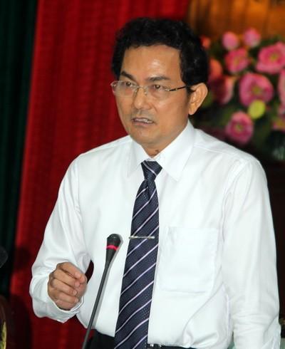 Ông Võ Văn Chánh cho rằng vụ việc rất phức tạp cần thời gian để điều tra làm rõ trong buổi họp báo. Ảnh: Phước Tuấn