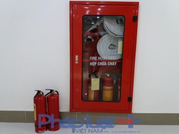 Dù đã có các hộp cứu hóa nhưng chưa được cơ quan PCCC kiểm duyệt nên không biết có hoạt động hay không.