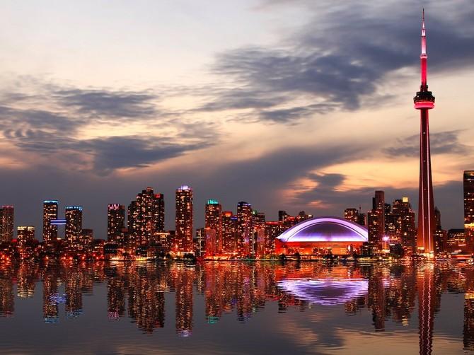 4. Toronto, Canada - Các thành phố đông dân nhất tại Canada có một điểm chung là 97,2 nhưng đã bỏ lỡ thứ hạng cao hơn do số cơ sở hạ tầng của nó kéo nó xuống.