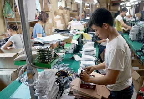 'Dot nhap' 2 nha may lap rap dau thu DVB-T2 'made in Vietnam' - Anh 6