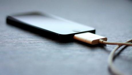 Vi sao smartphone de phat no? - Anh 3