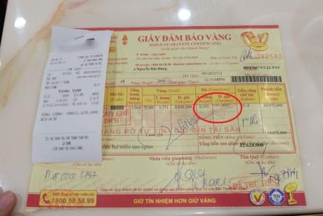 Khach hang khieu nai Bao Tin Minh Chau ban da tinh tien nhu gia vang - Anh 2