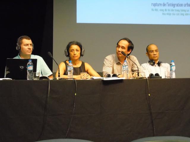 Nhóm nghiên cứu trong cuộc hội thảo (Từ trái qua phải: Emmanuel Cerise, Sylvie Fanchetta, Đào Thế Anh, Nguyễn Văn Sửu) - Ảnh: Phan Minh