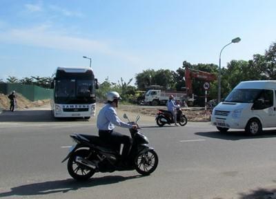 Dung san bay Nha Trang 'giai cuu' duong un tac - Anh 4